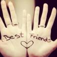 E' tanto bello essere amici, giocare insieme, sentirsi felici. Col mio amico è bello parlare, aver mille segreti da raccontare; e ridere insieme, ridere assai i motivi per ridere […]