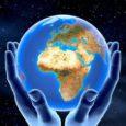 La Terra ha una forma di una sfera schiacciata ai Policon un leggero rigonfiamento all'Equatore. Vista dallo spazio, appare azzurra per la presenza di acqua allo stato liquido. E' circondata […]