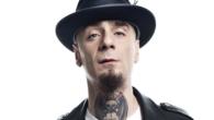 AlessandroALEOTTI,meglio conosciuto comeJ-Ax è unrapper, cantautore e produttore discografico italiano, noto per aver fondato il duo rapArticolo 31nei primi anni novanta e per la carriera solista intrapresa a partire dal […]